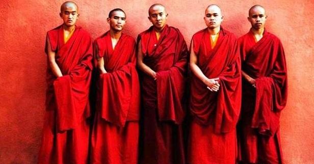 Tibeti lámák +